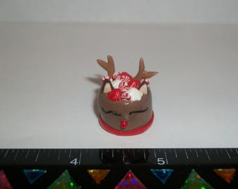 Dollhouse Miniature Handcrafted Christmas Reindeer Dessert Cake Doll Food E30