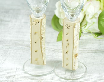 Rustic Wedding Glasses Toasting Glasses Rustic Toasting Flutes Wedding Champagne Flutes Bride and Groom Wedding Glasses