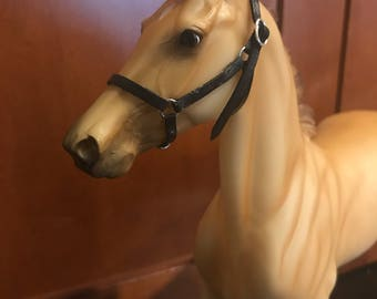 Leather Stable Halter for Model Horses