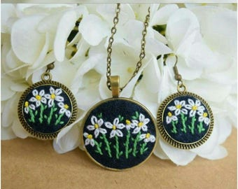 Handmade Embroidery Sets Pendant and Earrings in Italy