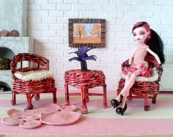 Miniature dollhouse furniture set. Kidkraft wicker doll accessories. Artisan and unique from Wicker Handmade shop. Red color, 1/6 scale