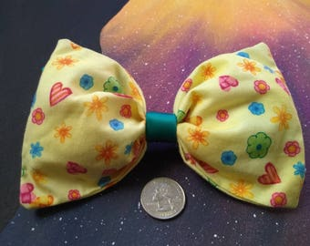 Large Yellow Bow w/Hearts