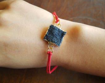 Black Druzy Pendant Bracelet - TheHiddenBin