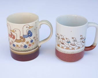 Vintage Pair of Ceramic Goose Duck Brown Mugs