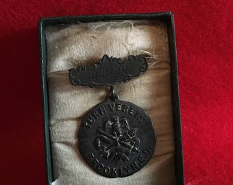 Antique Turn Verein Swimming Medal-Rare