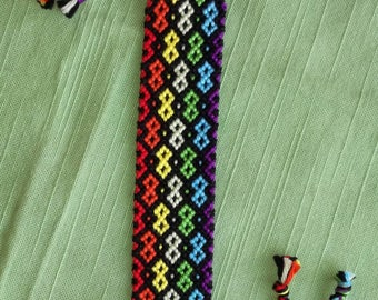 Colorful handwoven bracelet,Braided bracelet, Knotted bracelet, Wrist band, String bracelet, Friendship bracelet,Bracelet bresilien,Boho