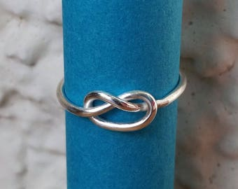Sterling silver ring with a knot | Love knot ring | Friendship knot | Simple silver ring for her
