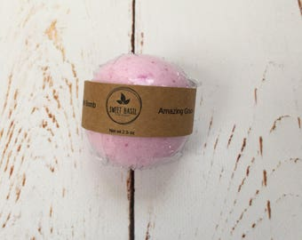 Amazing Grace Bath Bomb, Bath Bomb, Foamy Bath Bomb, Handmade Bath Bomb, Bath Fizzy, Homemade Bath Bombs