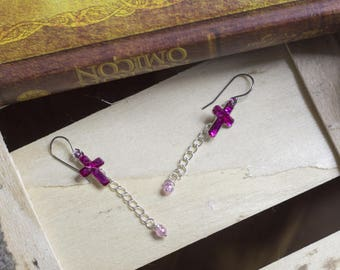 "cute pair of earrings ""pincross"""