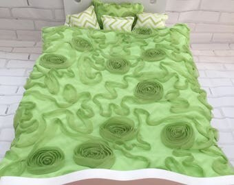 18 inch doll 5 piece bedding set, green chiffon ribbon fabric, green white chevron foannel, reversible, bedspread and 4 pillows