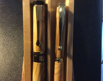 Handcrafted Olive wood fountain and ballpoint pen set with Rosewood and Maple box