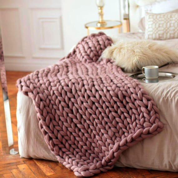 Wool hugs dusty pink chunky knit blanket pink throw blanket for How to make a big chunky knit blanket
