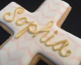 Baptism cookie favors with baby's name | Brushed in gold icing | Chevron pattern cross | Custom decorated cross | Baby girl Bautizo