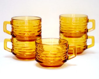 Set of 5 MEDIUM Vereco amber glass cups / chiseled texture / bistro tea - coffee cups / mugs / 70's French Vintage