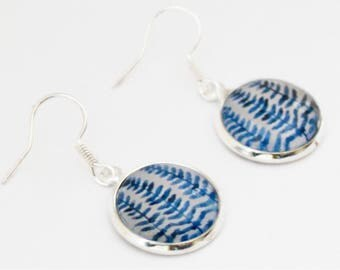 Blue leaf earrings, fern leaf, watercolor earrings, Finnish jewelry, nature jewelry, blue and white, glass cabochon, miniature painting