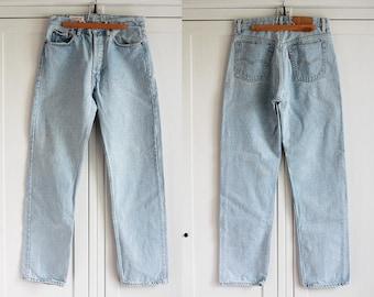 Levis 501 Jeans Light Blue Denim High Waist Size W32 L32 Vintage Boyfriend Button Fly Men Women Jeans