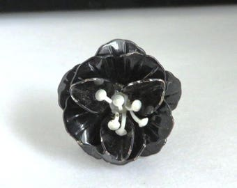 Black Flower Ring, Vintage Enamel Floral Silver Tone Costume Jewelry Ring, Size 7