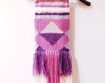 PHILADELPHIA - Handwoven wall hanging : Customisable and made to order