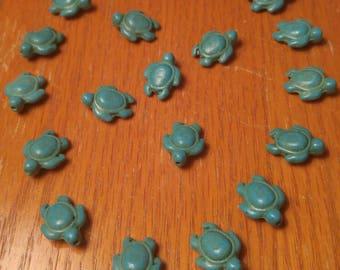 20 Turquoise Howlite Turtle Beads