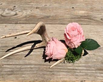 Antler decor, Rustic decor, Rustic bouquet, Preserved roses, Antler centerpiece, Anniversary gift, Wedding decor, Flower arrangement.