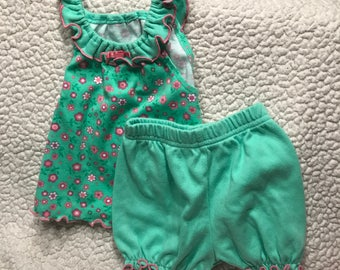 Frilly Green Dog Dress with Bloomers (Size 3P)