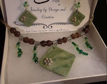 Growing Green Necklace and Earrings Set