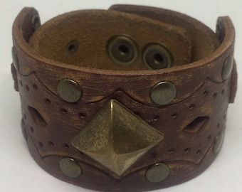 Brown Leather Cuff Bracelet for women with brass stud design. Leather metal cuff Leather Bracelet Boho Jewelry Leather cuff for her