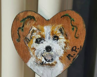 Example of a small magnet height 4.5 cm wood hand-painted acrylic on wood. In particular, Jack Russell.