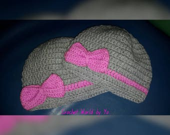 Pink knit hat in gray and Ribbon