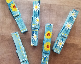 Blue Jean Flowers Hand Painted Clothespins//Photo and Place Card Holders// READY TO SHIP