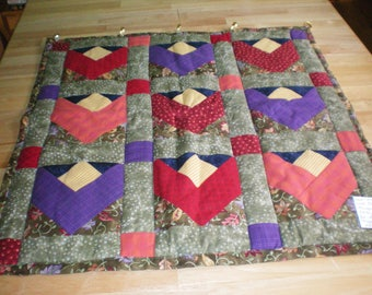 Table Topper / Wall Hanging