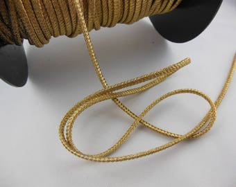 "1 meter of gold cord ""Cheerleader"""