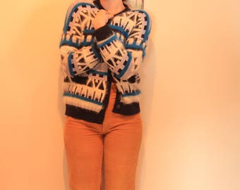ON SALE! Vintage Angora Aztec - Navajo Printed Woollen Cardigan (AU S-M)