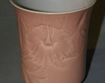 Gladding McBean, Franciscan Pottery Encanto Art Ware Vase # 614