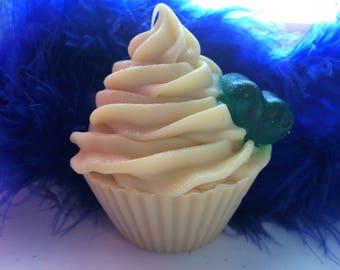 Peppermint Eucalyptus Cupcake