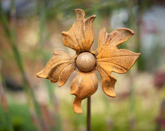 Rusty Ornate Plant Stake