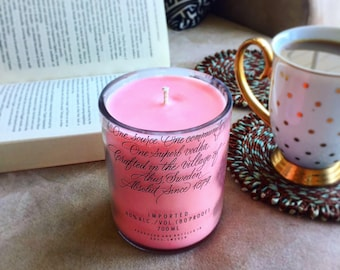Pomegranate champagne-scented Absolut vodka Candle