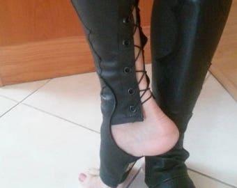 Trapeze boots