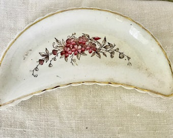 Vintage Red and Gold Bone Dish