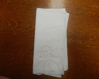 Linen Napkin w/Lace (Pack of 4)