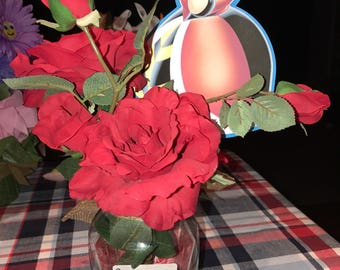 Queen (or king) of hearts centerpieces