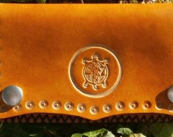 wallet leather grain pattern turtle