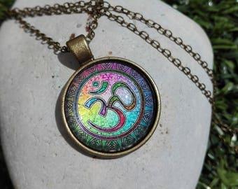 Cabochon Color OM necklace