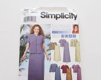 Simplicity Plus Size, Woman's Loose Fit Dress and Jacket  Pattern 5975- Uncut
