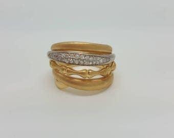 Diamonds fashion yellow gold ring