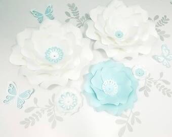 White blue paper flowers wall. Large white paper flowers wall. Nursery blue flowers wall. Wedding backdrop white flowers. Girls room decor.
