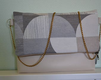 Clutch day or evening that folds and unfolds!