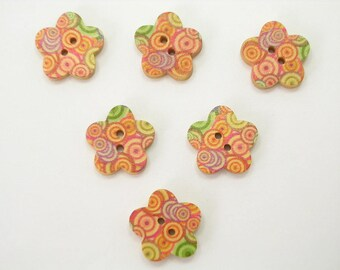 SET of 6 wood buttons: flower pattern circles 17mm