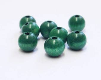 80 green wood beads size 10mm A22400