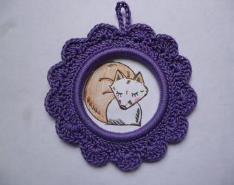 Cadre rond avec son  illustration  renard réalisé au crochet en coton  violet